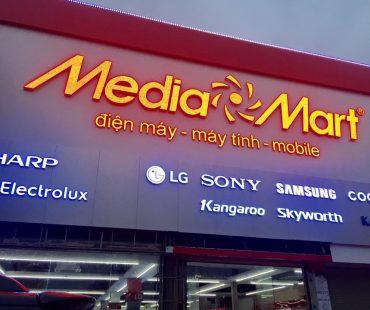Thiết kế thi công cửa hàng điện máy Mediamart – Hà Đông