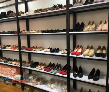 Thiết kế thi công shop giầy dép iShoes Store 30m2